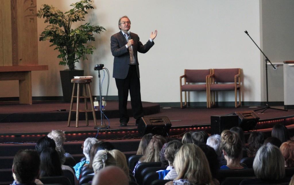John Gray during the presentation. — Photos courtesy John Gray