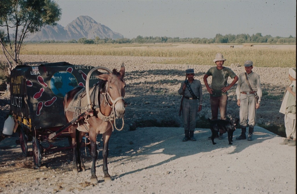 John Kunst with some Afghanistan soldiers.
