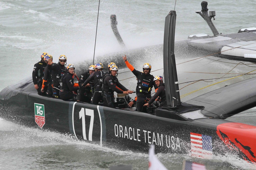 Victory for Team Oracle in Race 14 1med