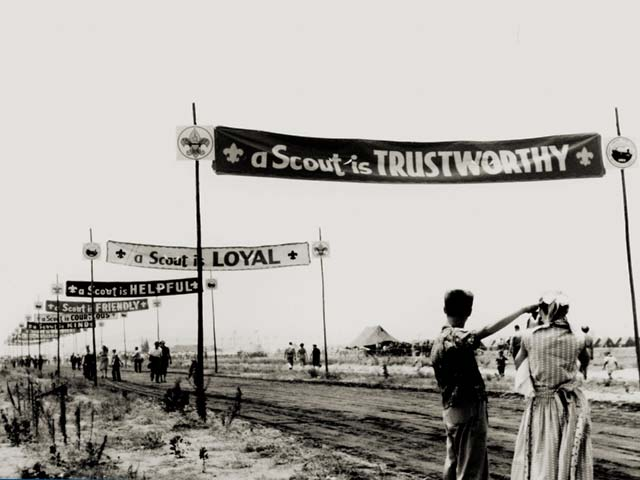 Jamboree Road as a dirt track leading to the entrance of the BSA National Jamboree in 1953.