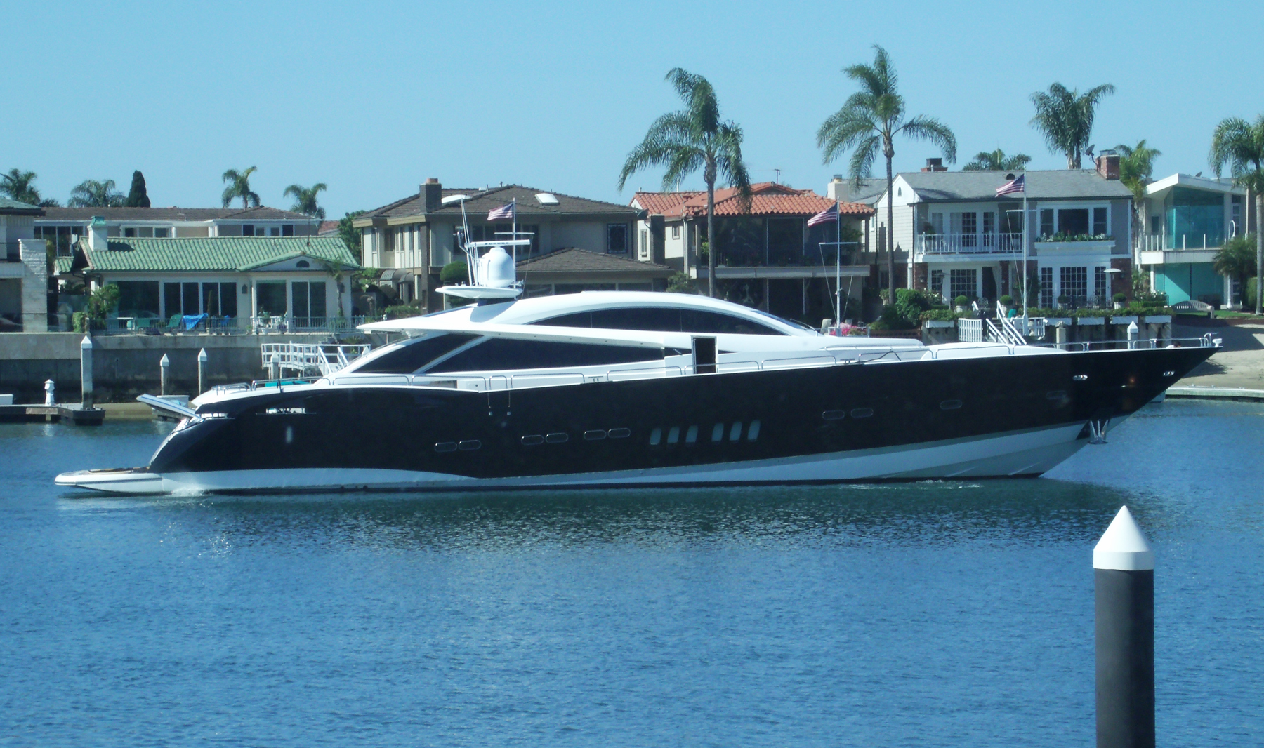 Sunseeker Yacht Argo Featured At Newport Boat Show