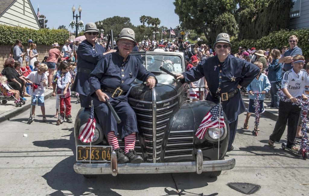 Balboa Island Parade-120