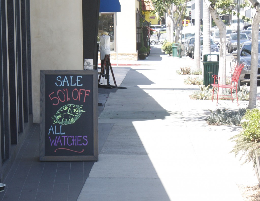 An a-frame sign displayed in Corona del Mar. — NB Indy Photo