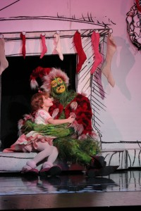 Segerstrom Center - Grinch - Brooke Lynn Boyd and Stefan Karl. Photo by PaparazziByAppointment.com_2