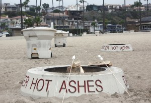 Newport Beach City Council votes to bring back wood burning fire rings
