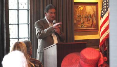 Mayor Ed Selich at Corona del Mar Chamber of Commerce luncheon