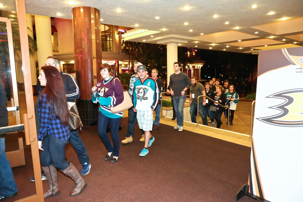Teemu Selanne fans file into Edwards Big Newport to watch the movie