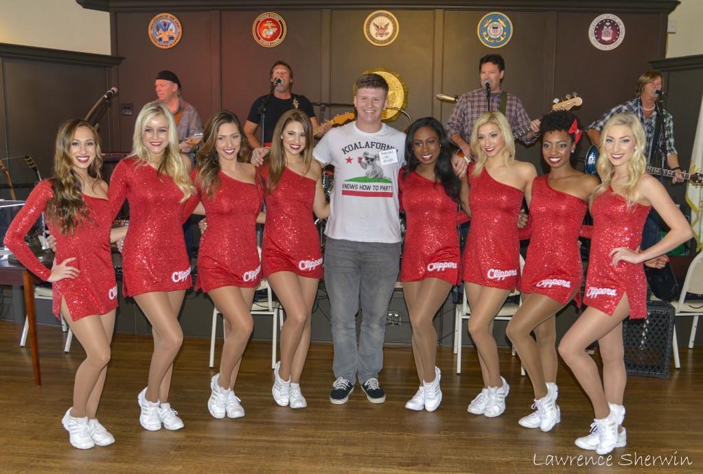 LA Clilpper Cheerleaders with Marine