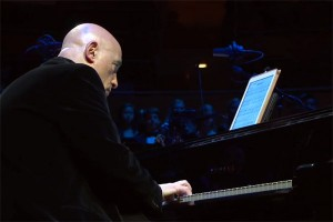 Keyboardist and composer Mike Garson