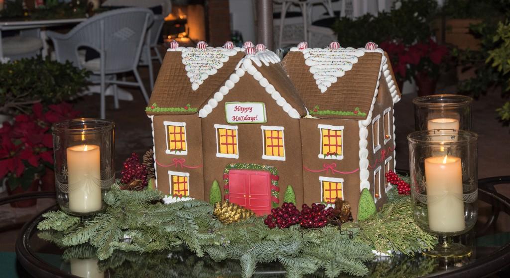 Gingerbread houses decorate the inside of the Busby household. — Photo by Charles Weinberg ©