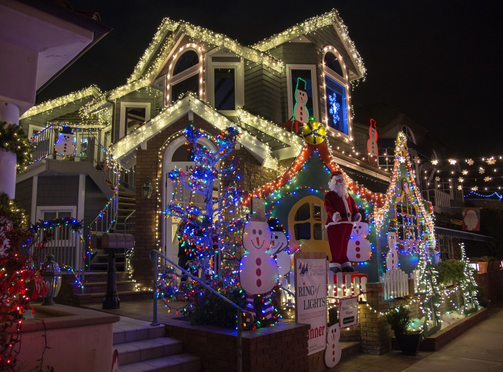 Dennis Vitarelli's S. Bay Front house all lit up. — Photo by Charles Weinberg ©