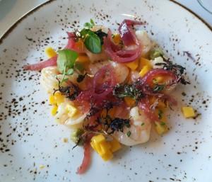 """""""Orlando"""" shrimp and tropical fruit salad with avocado and greens"""