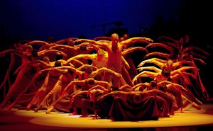 Alvin_Ailey_American_Dance_Theater_in_Alvin_Ailey_s_Revelations_with_cast_of_50._Photo_by_Christopher_Duggan_02