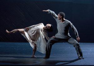 Royal-Swedish-Ballet_Juliet-and-Romeo_Mariko-Kida-as-Julia-and-Anthony-Lomuljo-as-Romeo-Photo-Gert-Weigelt_1