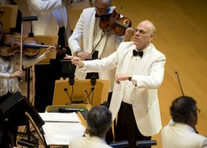 Richard Kaufman conducts Pacific Symphony