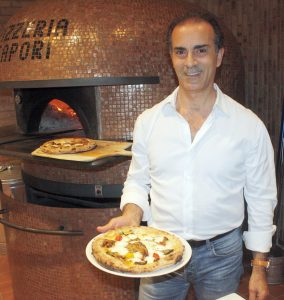 sapori - owner and his oven