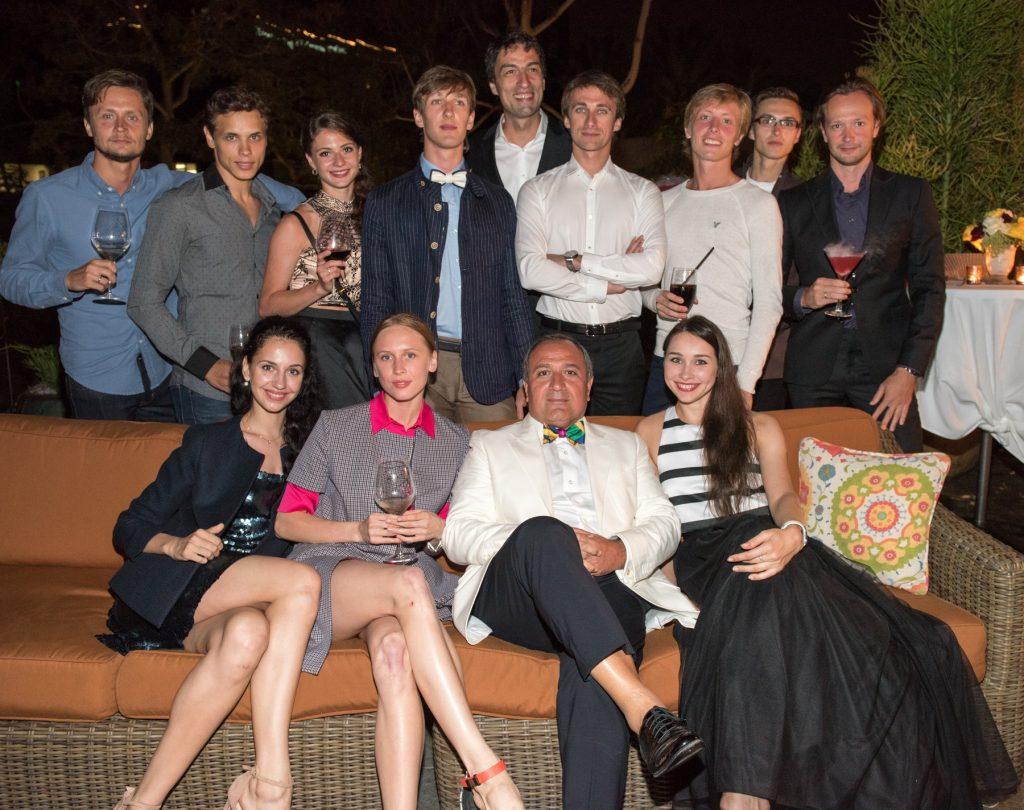 Cast of Tour de Force