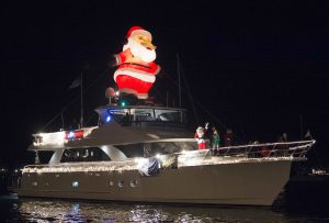 boat-parade-santa