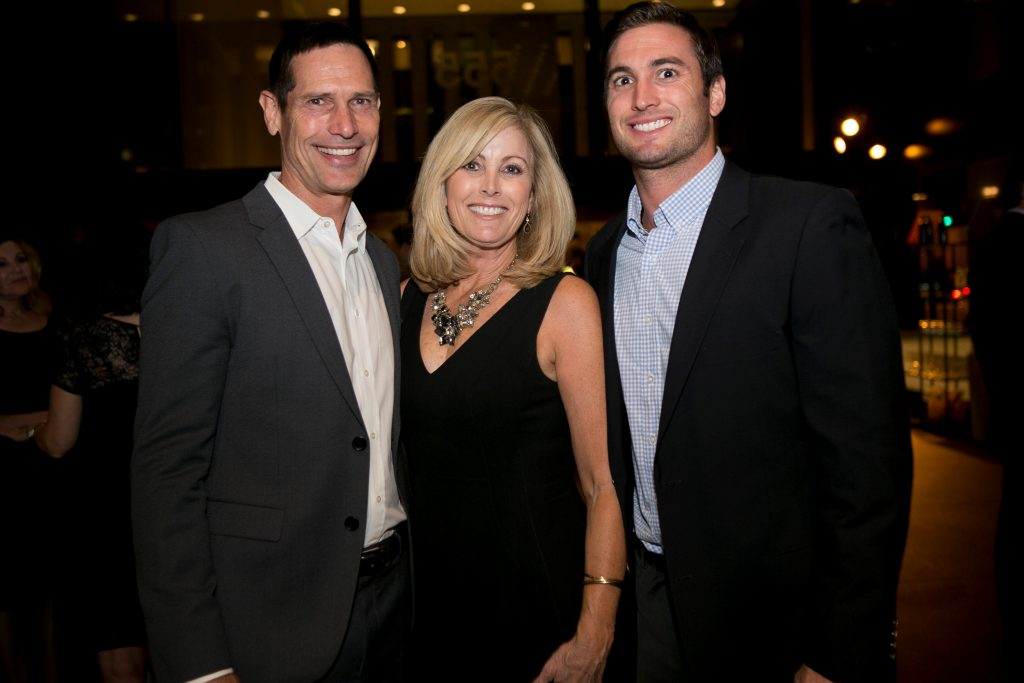USC All American Paul McDonald (and NFL star quarterback with the Cleveland Browns and Dallas Cowboys) with wife Allyson and son Andrew