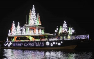 xmas-boat-parade-2015