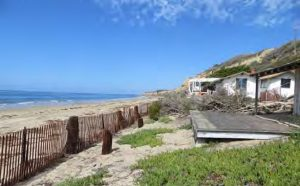 Some of the Crystal Cove cottages to be restored on North Beach. — Photo courtesy California Coastal Commission ©