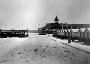 The first Red Car arrives in Balboa in July 1906
