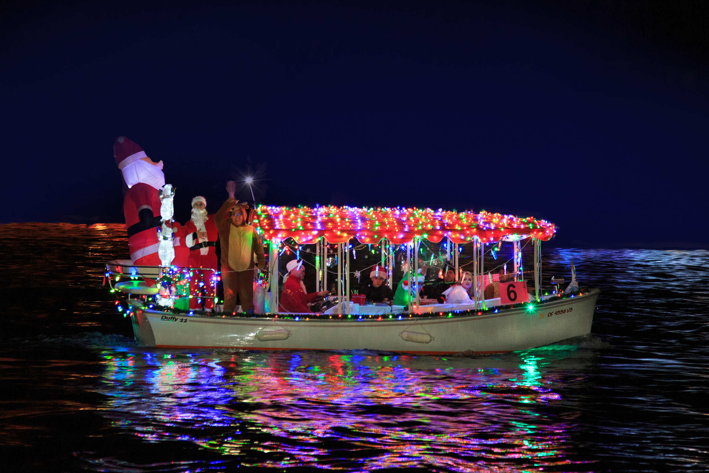111th Christmas Boat Parade Kicks Off - Newport Beach News